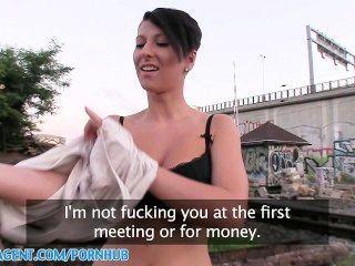 PublicAgent HD महान स्तन, महान गधा, महान बकवास सड़क