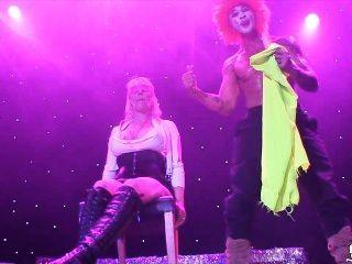 norwegian milf मोनिका मंच पर sexhibition ओस्लो में - नॉर्वे -norsk