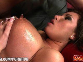 डोना saboom पर बड़े स्तन घंटी