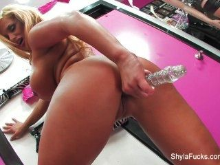 Shyla एकल dildo मज़ा Stylez