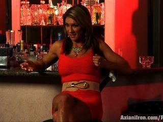 Aziani लोहे एबी Marie फिटनेस, आहार और सेक्स के बारे में बात करती है