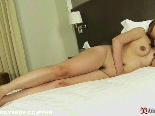 Slutty एशियाई बेब तन