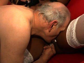 लेस 70 ans de Papy दृश्यरतिक - दृश्य 1