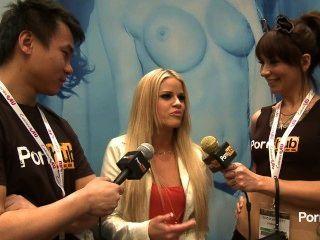 pornhubtv रखती रोड्स 2014 AVN पुरस्कार में साक्षात्कार