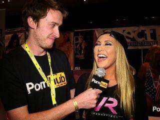exxxotica 2014 अटलांटिक सिटी में pornhubtv कार्टर क्रूज साक्षात्कार
