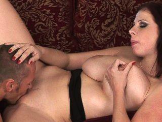 बड़े स्तन स्वर्ग - Gianna माइकल्स