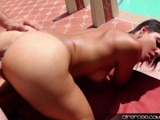 airerose Valentina आउटडोर fucks