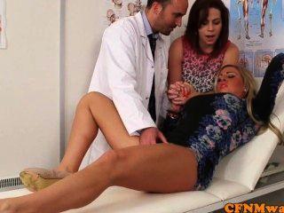 सीबीटी महिलाओं का दबदबा Lissa प्रेम एक बी.जे. डॉक्टर देता है