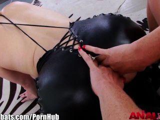 analacrobats समलैंगिक strapon गुदा से मुहं को चला जाता है
