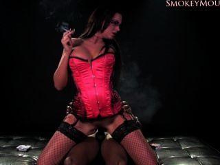 एम्मा बट धूम्रपान सेक्स एच.डी.
