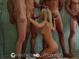 HD - FantasyHD ताशा शासनकाल तीन लोगों के साथ एक नंगा नाच चल रहा है