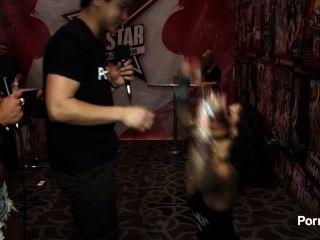 2015 AVN पुरस्कार में pornhubtv बोनी सड़ा हुआ साक्षात्कार