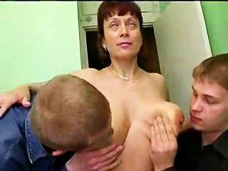 रूस गंदगी परिपक्व और कई डिक्स