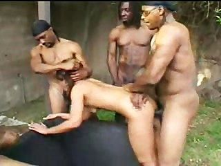 रियो Mariah बड़ा काला लंड द्वारा किसी न किसी