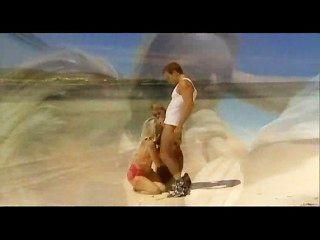 गोरा यूरो sluts समुद्र तट पर लाभ लेने के लिए
