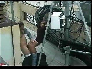 छत पर आउटडोर सेक्स