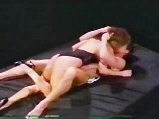 पीटर उत्तर और Ashlyn गेयर इस पुरानी वीडियो में