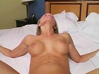 लिआ नकली सेक्स जॉय