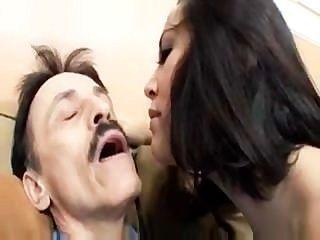 Stepdaddy seducing - क्रिस्टीना गुलाब
