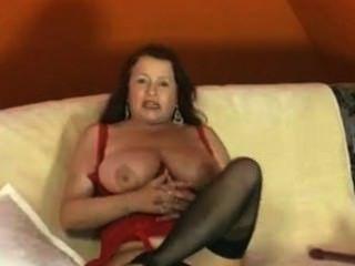 dildo के साथ जर्मन परिपक्व हस्तमैथुन