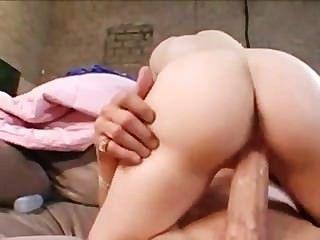 बड़े स्तन मिस्सी माए अपने पर cums मुर्गा वह उसके चेहरे पर cums