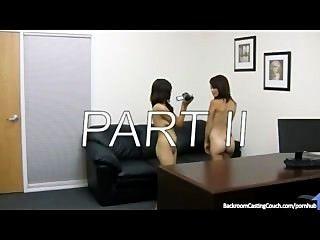 2 लड़कियों, 0 नौकरी - भाग द्वितीय