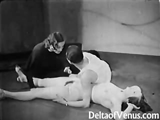 विंटेज अश्लील 1930 के दशक - महिला महिला पुरूष त्रिगुट - न्यडिस्ट बार