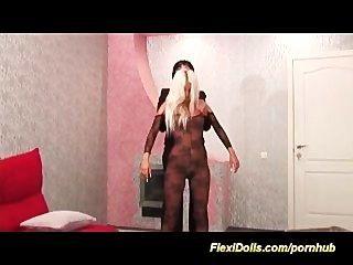 फ्लेक्सी असली गुड़िया