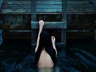 मेगन फॉक्स - Jennifers शरीर