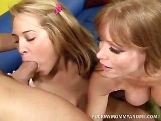 किम्बर्ली और उसकी माँ बकवास एक विशाल वसा मुर्गा