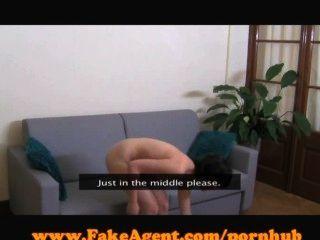FakeAgent 18 y / o पहली बार चेहरे!