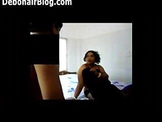 2 के 1 बड़े बट बंगाली boudi औरत के साथ गर्म बंगाली भारतीय सेक्स