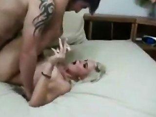 गोरा धूम्रपान बुत सेक्स - पूर्ण दृश्य