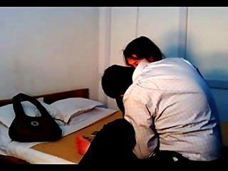 गोपनीयता में भारतीय कॉलेज की जोड़ी कमबख्त छिपे हुए कैमरे से रिकॉर्ड किया गया