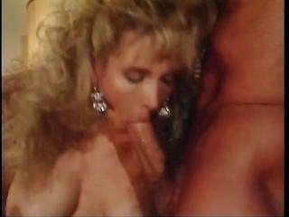 एक अद्भुत जीवन स्तन - दृश्य 2