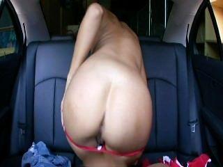 पीछे की सीट Fucks 5 - दृश्य 7
