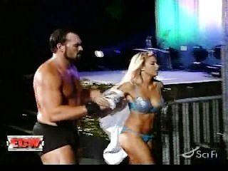 WWE केली केली