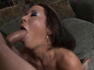 बड़े नकली स्तन के सर्वश्रेष्ठ: प्लास्टिक का कुतिया # 01