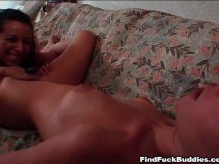 दो ठीक शौकिया किशोर डबल dildo जाना है और प्रत्येक orgasms है