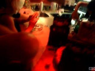 चेक लड़कियां प्राग में नाइट क्लब मिठाई स्वर्ग में कमबख्त थे