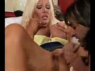 30 स्तन के साथ milf 1 अश्लील दृश्य कभी करता है !!