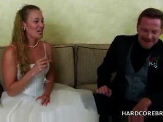 मैं क्या कह सकता हूँ, मैं एक वेश्या से शादी कर ली!