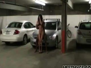 असली जोड़े पार्किंग में fucks