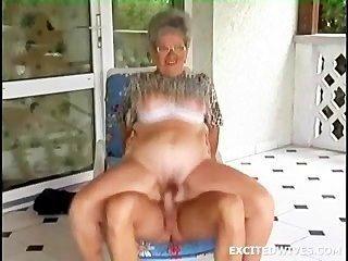 Grannys उन दिनों में से एक होने के