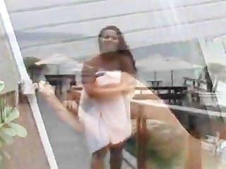 Viviane Araujo - बंद कर रही है