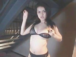 मारिया Ozawa बिना सेंसर वीडियो 3 स्ट्रिपटीज
