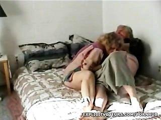 परिपक्व जोड़े को सेक्स वीडियो