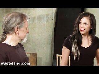 बंजर भूमि बंधन सेक्स फिल्म - गर्म साल्सा (पीटी 1)