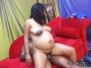 नंगे पांव और गर्भवती 29 - दृश्य 2