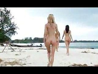 सही समुद्र तट लड़कियां!